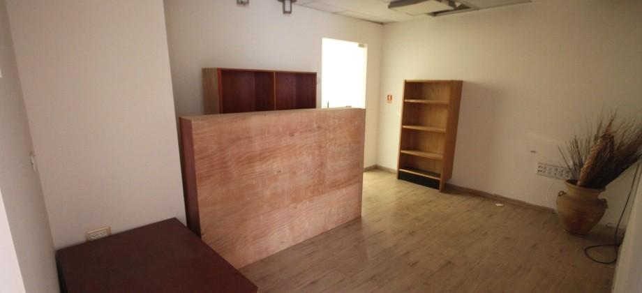 Bureaux – 7 Pièces Kikar Hamedina 155m²