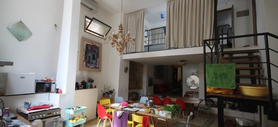 Maison Antique (2 niveaux) Yafo 128m²