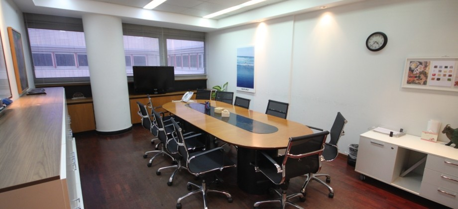 Bureaux (4 ème étage) Quartier Azrieli 409m²