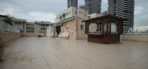 4 Pièces Duplex Penthouse (4 ème étage) Nord Est 375m²