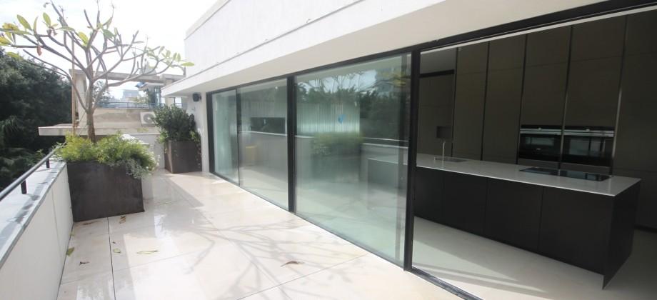 Penthouse Bauhaus (4 ème étage) Proche Mer 450m²