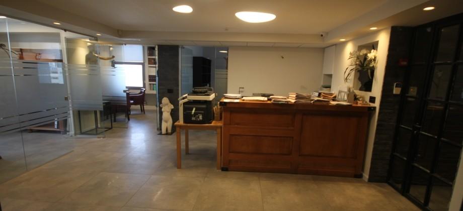 Bureaux (étage élevé) Quartier Rothschild 700m²