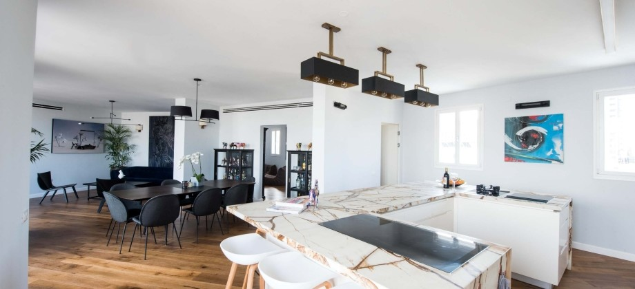 Penthouse (3 ème étage) Shouk Ha Carmel 282m²