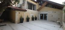 Villa (2 niveaux) Quartier Kikar Hamedina 330m²