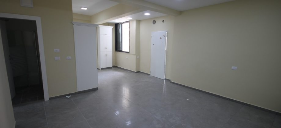 5 Pièces (2 ème étage) Quartier Gan Haïr 85m²