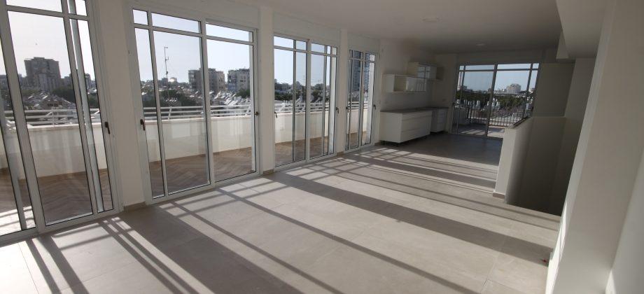 Penthouse Duplex (5 ème étage) Alkharizi 190m²