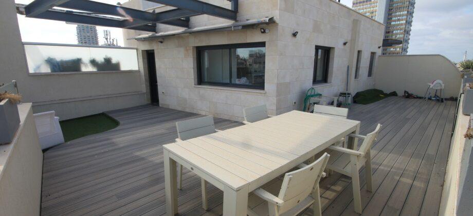 Duplex 4 Pièces (5 ème étage) Bar Kochba 158m²