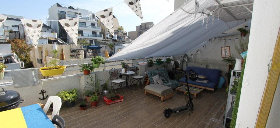 Studio (4 ème étage) Hakishon 35+40m²