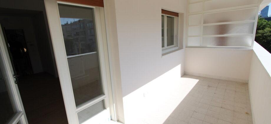 3 Pièces (2 ème étage) Quartier Habima 84m²